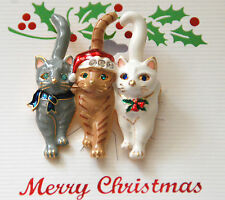 Christmas Cats Pin /Brooch / 3 Holiday Cats / Gold-tone w Crystal Accent