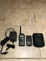 Kenwood TK-2140 TK-2140-1 VHF Portable Radio - 136-174MHz With Charger & Battery
