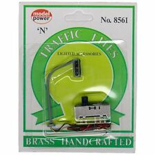 Model Power N Scale Hanging Traffic Light - Right - 8561 NEW