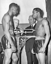 Champion Boxers SUGAR RAY ROBINSON vs Tommy Bell Glossy 8x10 Boxing Photo Poster