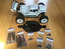 Team Associated RC8t electric Truggy Roller w/servo and Tekno chassis 1/8 1:8
