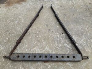 PAIR OF FERGUSON TE20 TRACTOR ADJUSTABLE STAY BARS & 9 HOLE DRAW BAR