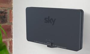 Wall Mount Bracket For The 2020 Sky Broadband WiFi Router SR203 SR204- W/Fixings