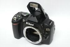Nikon D40 Gehäuse ( ohne Objektiv ) gebraucht D 40 nur 4060 Auslösungen