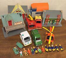 Grand Fireman Sam Jouet Paquet: 5 véhicules, 4 Play Sets & 13 figurines Prism