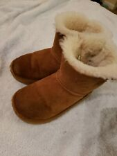 Girls Mini Bailey Bow Ugg Boots Size 11 (Youth) Chestnut