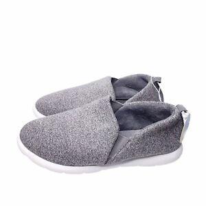 Isotoner Zenz Women's 11 Gray Slip Ons Casual Slippers Tennis Shoes