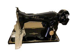 Vintage Aldens DeLuxe Sewing Machine W/ Pedal Made in Japan