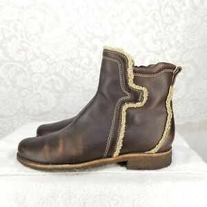 B61 Timberland Women's Sz 8 M Soft Brown Leather Side Zip Ankle Booties