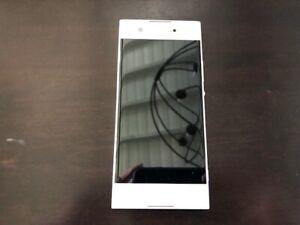Sony Xperia XA1 G3123 32GB White Freedom Mobile - BAD SCREEN (20)