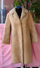 VINTAGE Ladies Cream Sheepskin Coat. Size 12 - 14