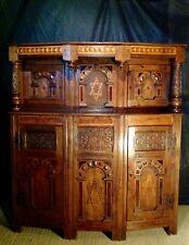Cabinet Judaica très ancien Buffet finement sculpté et marqueté Chêne massif