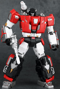 Generation Toy GT-11 Red Bull 3rd party Transformers