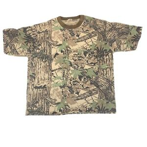 realtree hunting camo short sleeve tshirt pocket t 24 in. wide 27 in. long