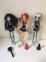 MONSTER HIGH FEARLEADING EXCLUSIVE CHEERLEADING 3 PACK TORALEI & WERECAT TWINS