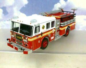 1/43 SEAGRAVE MARAUDER II PUMPER FIRE ENGINE NEW YORK FIRE DEPARTMENT FDNY 2003