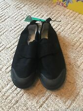 NEW Back School Daps Trainers Shoes Size 11 EU 29 BRAND NEW Boys Girls Clothing