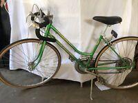 1970's SCHWINN VARSITY Vintage woman's  Road Bike   rare