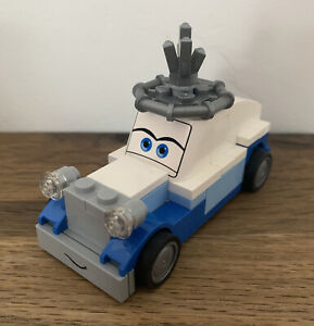 LEGO Cars 2 - Queen Figure From Set 8639 Rare Complete