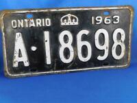 ONTARIO LICENSE PLATE 1963 A 18698 VINTAGE CROWN CANADA  CAR GARAGE SHOP SIGN