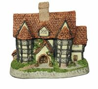 David Winter cottage figurine England John Hine Shire Hall Shirehall castle home
