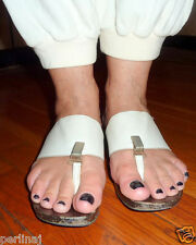 Collection Privee Italian white leather wood platform thong sandals 7. 5