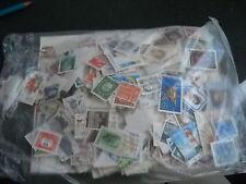 100  timbres du monde différent