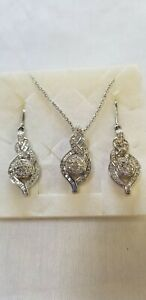 Diamond Earrings And Pendant with Chain
