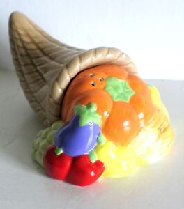 Cornucopia Harvest Vegetable Horn Salt and Pepper Shaker Ceramic Russ FREE SH