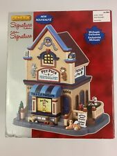 Lemax Pet Pics Photography Lighted Dog Cats Christmas Village House No 85391