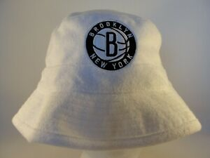 Brooklyn Nets NBA Mitchell & Ness Bucket Hat Size S/M White