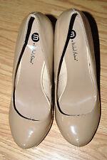 "MICHAEL ANTONIO nude beige skin tone patent leather pumps 5"" heels 10 LOVEME $79"