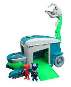 PJ Masks Romeo Rollin Lab Playset With Crane and 2 Action Figures