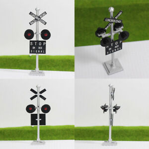 2pcs HO Scale 1:87 Model Railroad Crossing Block Signals Four-heads Red LEDs