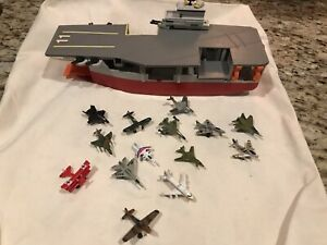 Vintage 1988 Lewis GALOOB Micromachines AIRCRAFT CARRIER Boat Playset! 14 Planes