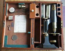 Broadhurst Clarkson & Co Travelling Microscope en acajou Etui