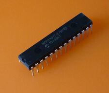 Microchip mcp23017-e/sp en el chasis Dil