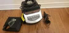 Ninja NJ600 Blender with no pitcher includes lid and cutter.