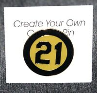 "Roberto Clemente Black & Gold ""21"" pin -- Commemorating 1973 Player Patch"