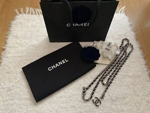Chanel CC logo chain link belt silver black
