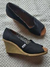 Toms Women's size 7.5 Shoes Savannah tweed Wedge  Peep Toe Black EUC