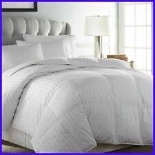 Downlite Hotel and Resort European Goose Down Comforter NEW (King)