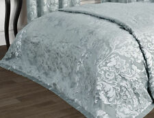 Jacquard Decorative Quilts & Bedspreads