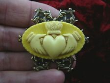 (CM38-19) traditional CLADDAGH yellow + ivory CAMEO brass Pin Pendant Jewelry