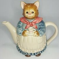 OTAGIRI Figural Cat Teapot Porcelain Ceramic Hand Painted Japan Vintage Fairytal