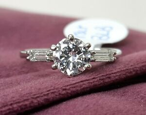 18ct White Gold 3 Stone Diamond Ring 1.01cts