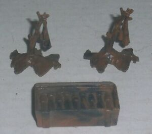MARX BLACK & BROWN BATTLEGROUND DESERT 2 ARMY LAND MINE FLAGS & MORTAR AMMO BOX