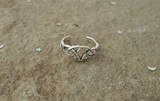 Celtic Toe Ring, Sterling Silver Trinity Toe Ring, Irish Toe Ring
