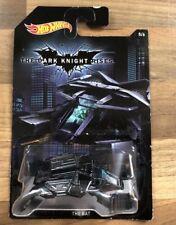 BATMAN: il Cavaliere Oscuro Sorge-Il Pipistrello HOT WHEELS AUTO DIE CAST SCALA (1:64)