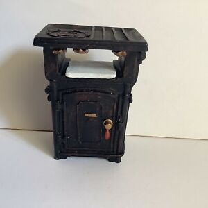 1:12 Scale Dolls House Vintage Style Cooker